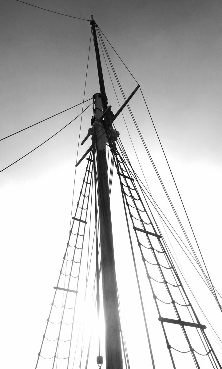 tall-ship-mast-and-rigging-photo-by-david-j-rodger.jpg